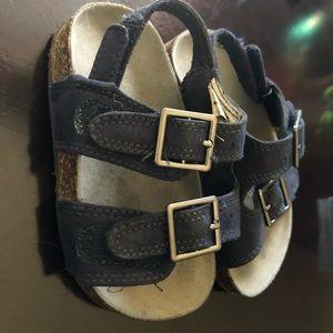 Toddler Oshkosh Size 7 Sandals